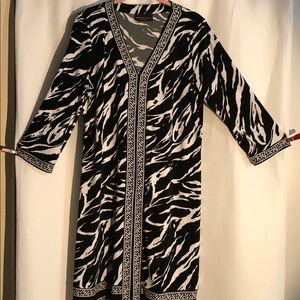 Black and white jersey animal print dress